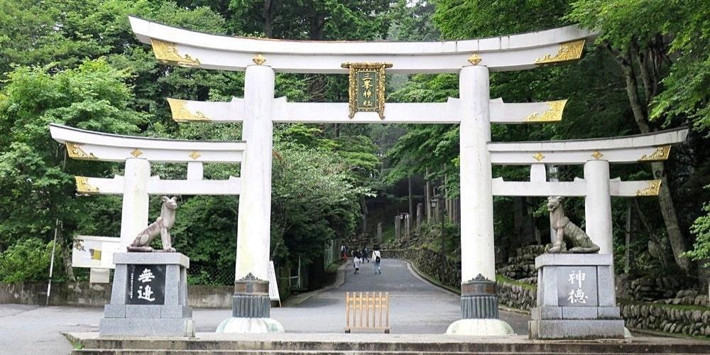峯神社の鳥居
