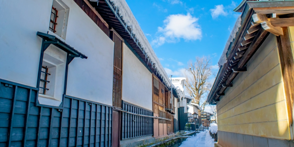 白壁土蔵街